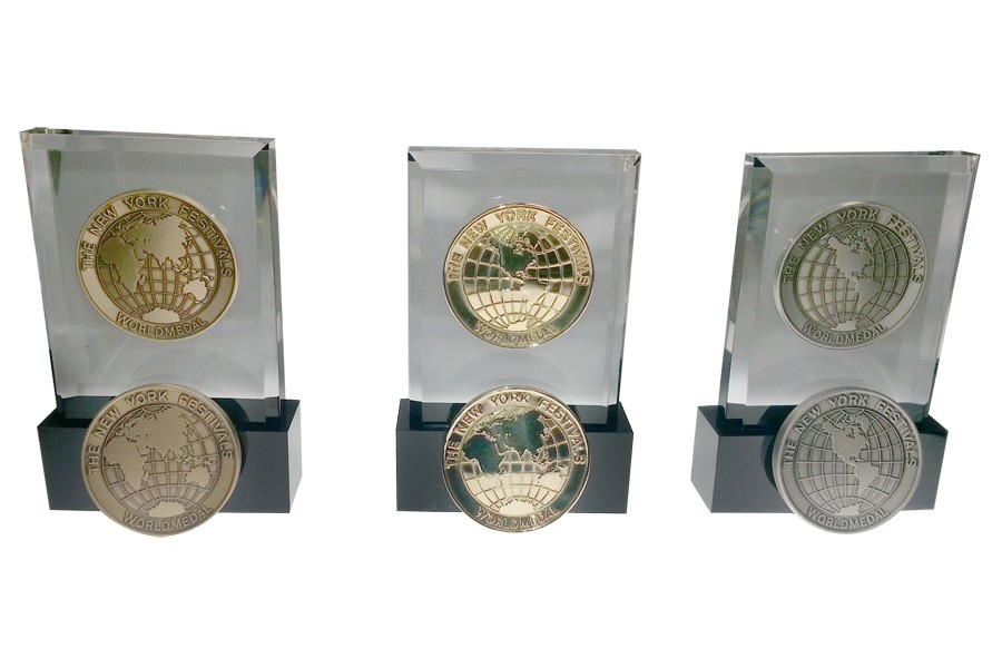lucite embedment awards embedded medal acrylic embedment