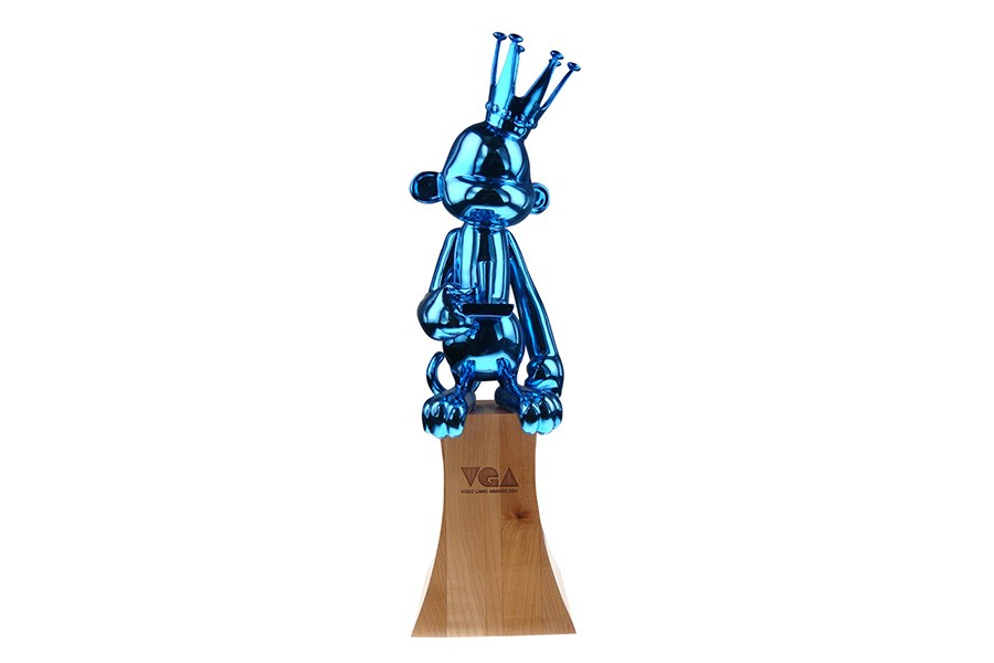 Custom complex cast sculpture monkey with crown curly tail and video controller - mirror shiny blue chrome pain on solid wood base - Spike TV VGA Video Game Award
